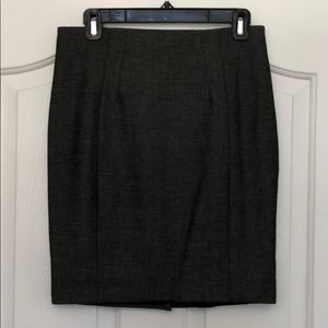 Express Pencil Skirt in Charcoal
